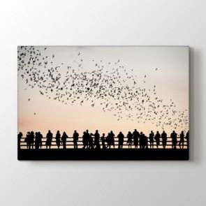 Kuşlar ve İnsanlar - Modern Resimli Kanvas Tablo Modeli