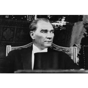 Nostaljik Atatürk Resmi