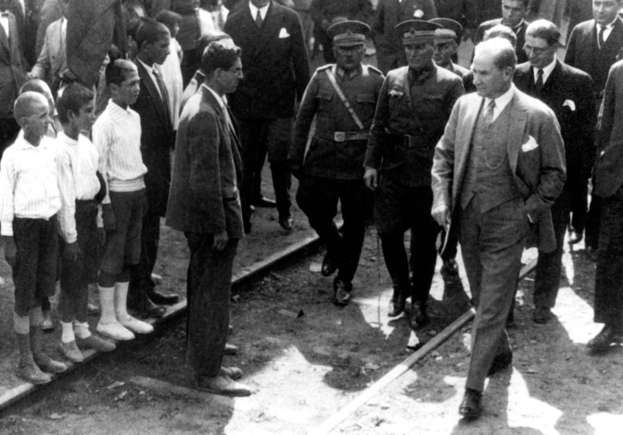 Atatürk Pendik'te 3 Boyutlu Resimli Duvar Kağıdı